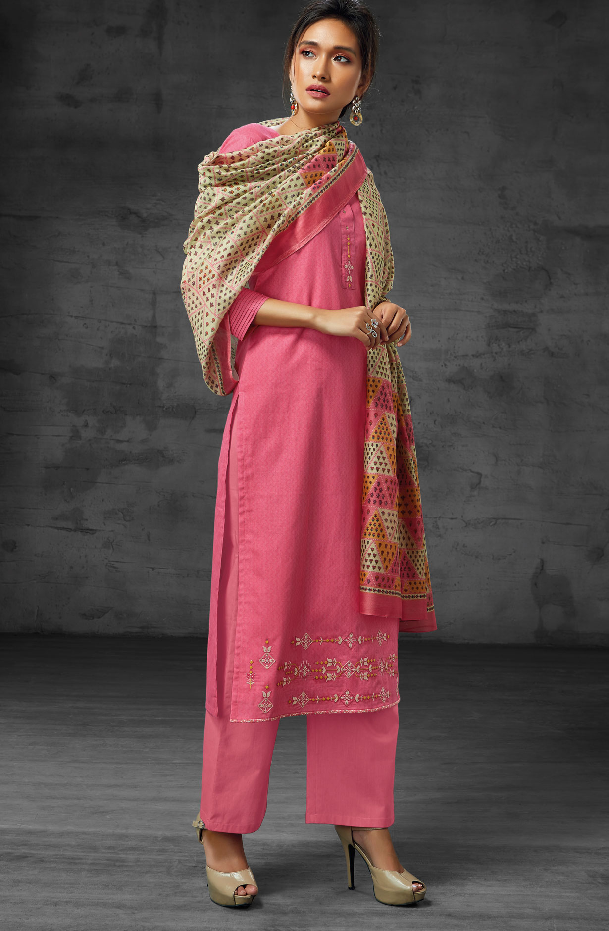 3948f01f68 Latest Summer Collection Digital Print Cotton Salwar Suit Sets In Pink    AEO6217