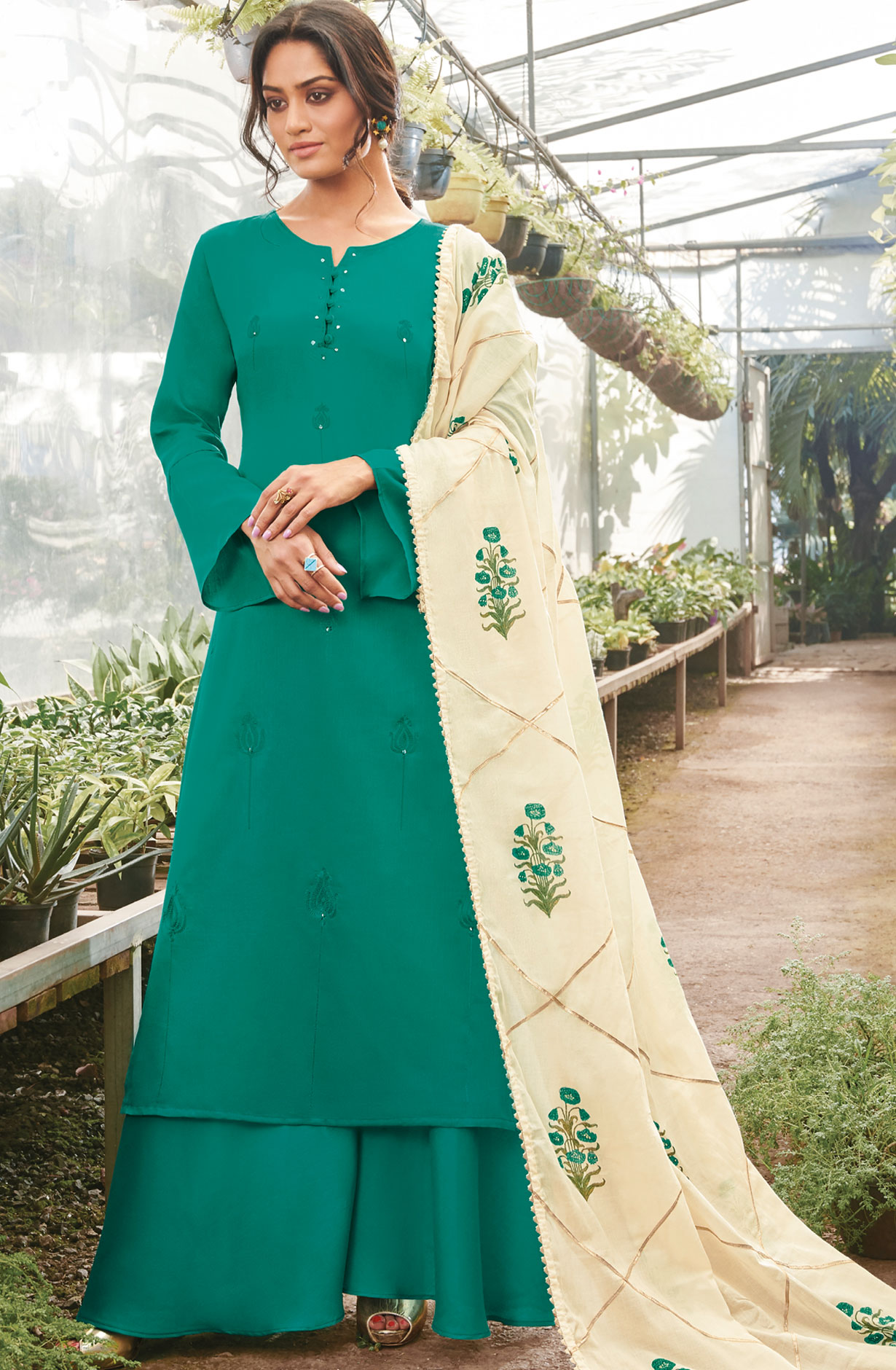444a0664563 Cotton Thread Embroidery Suit Sets In Green
