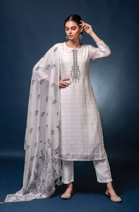 Muslin Silk Exclusive Unstitched Trendy Suit Set with Dupatta - NAW7030