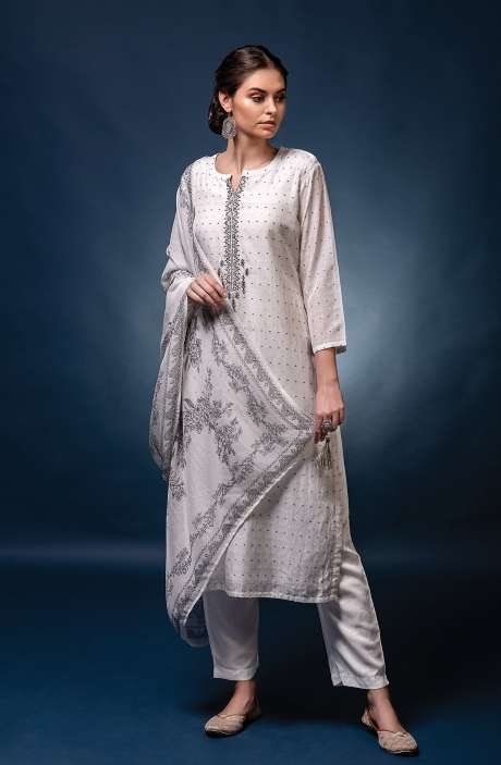 Muslin Silk Exclusive Unstitched Trendy Suit Set with Dupatta - NAW7033