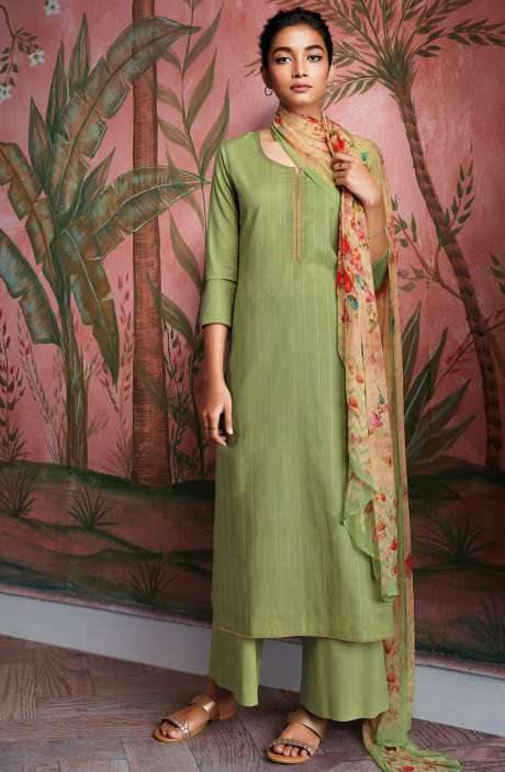 Cotton Foil Prints Salwar Kameez with Chiffon Dupatta in Green - RYUCO277