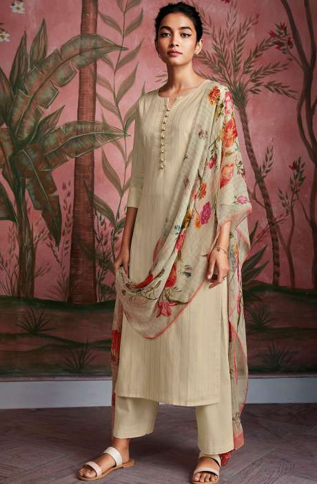Cotton Foil Prints Salwar Kameez with Chiffon Dupatta in Cream - RYUCO281