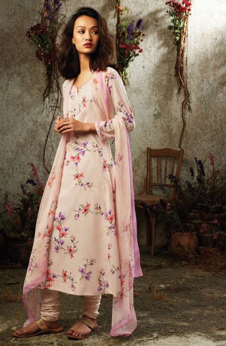 Summer Collection Modal Cotton Digital Printed Suit Sets In Light Peach & Beige - SUN7744