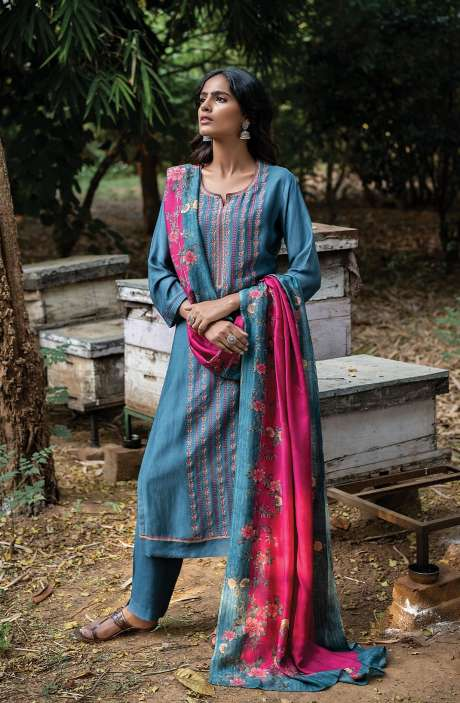 Pashmina Exclusive Embroidered Salwar Kameez In Pastel Grey with Beautiful Dupatta - ZAH8145